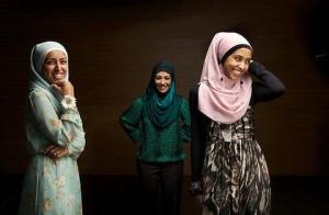 Islam Tradition, Modern Fashion, Western Culture l Jobandwork.asia